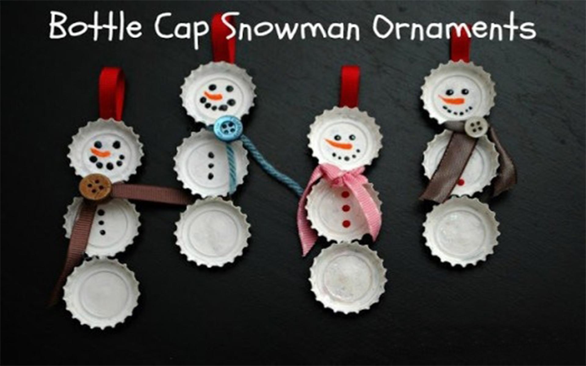 Bonequinhos de neve com tampinhas