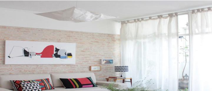 Sala com decoração clean