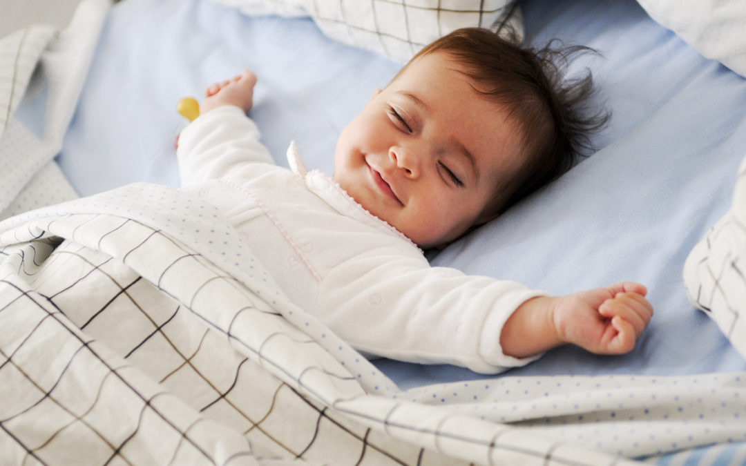 Ventiladores e luminárias Spirit - Blog Myspirit - bebê dormindo - ventilador de teto silencioso