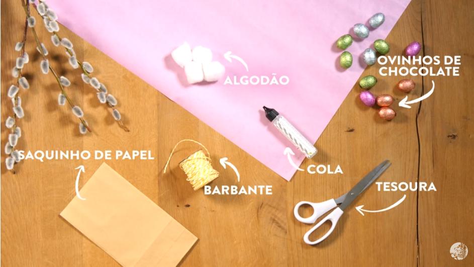 Material para fazer coelhinho com saco de papel