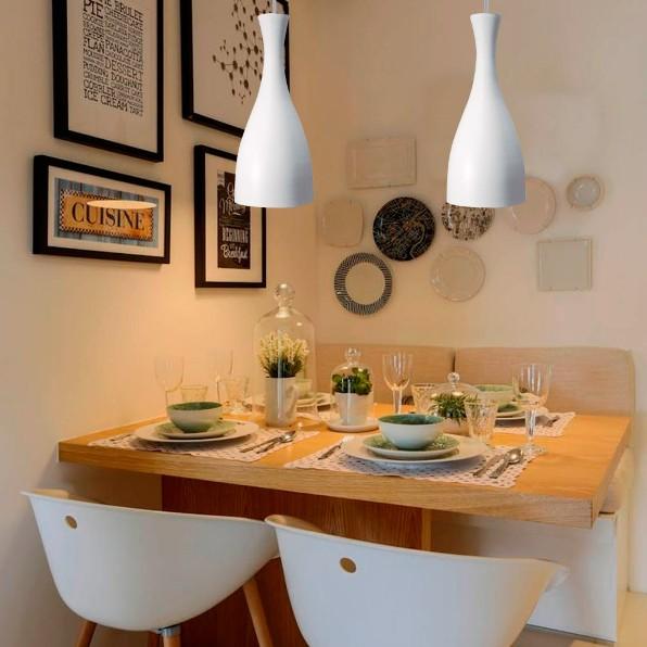 Sala de jantar comlustres pendentes brancos