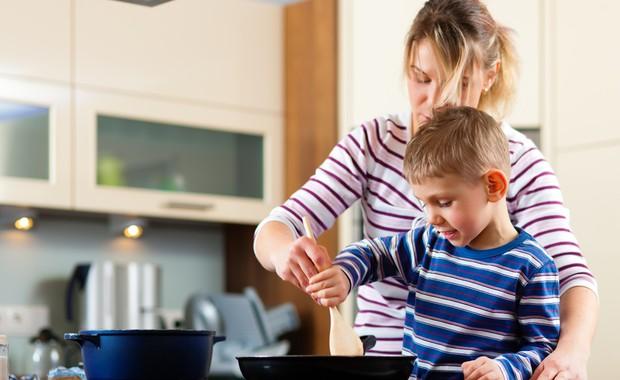ventilador de teto Spirit - Blog Myspirit - crianças na cozinha - brincadeiras para o dia das crianças