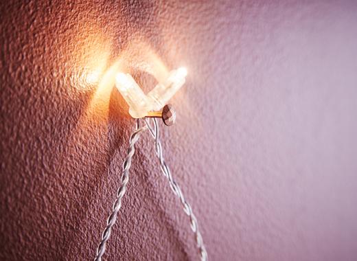 ventilador de teto Spirit - Blog Myspirit - detalhes da árvore de Natal feita com pisca-pisca - ideias para decoração de Natal