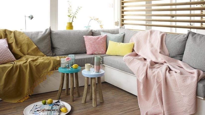 ventilador de teto Spirit - Blog Myspirit - manta no sofá - como deixar a casa mais fresca