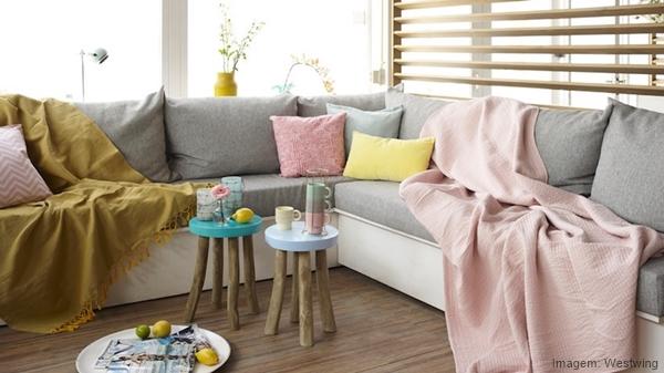 Ventiladores e luminárias Spirit - Blog Myspirit - mantas no sofá - como deixar a casa mais fresca