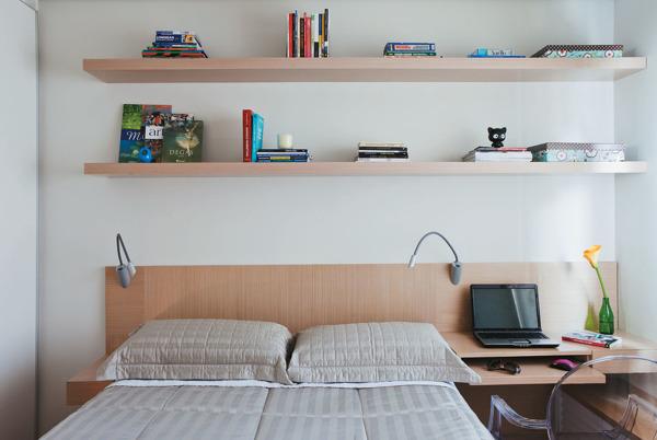 Ventiladores e Luminárias Spirit - Blog Myspirit - quarto de casal com prateleiras - decoração de quarto de casal pequeno