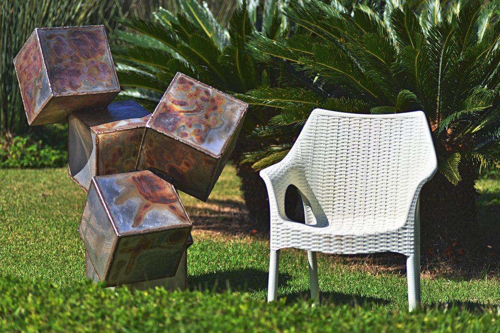Cadeiras com muito design - Cadeira Relic SCAB Design