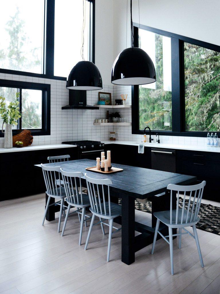 Cozinhas integradas Clássico preto e branco